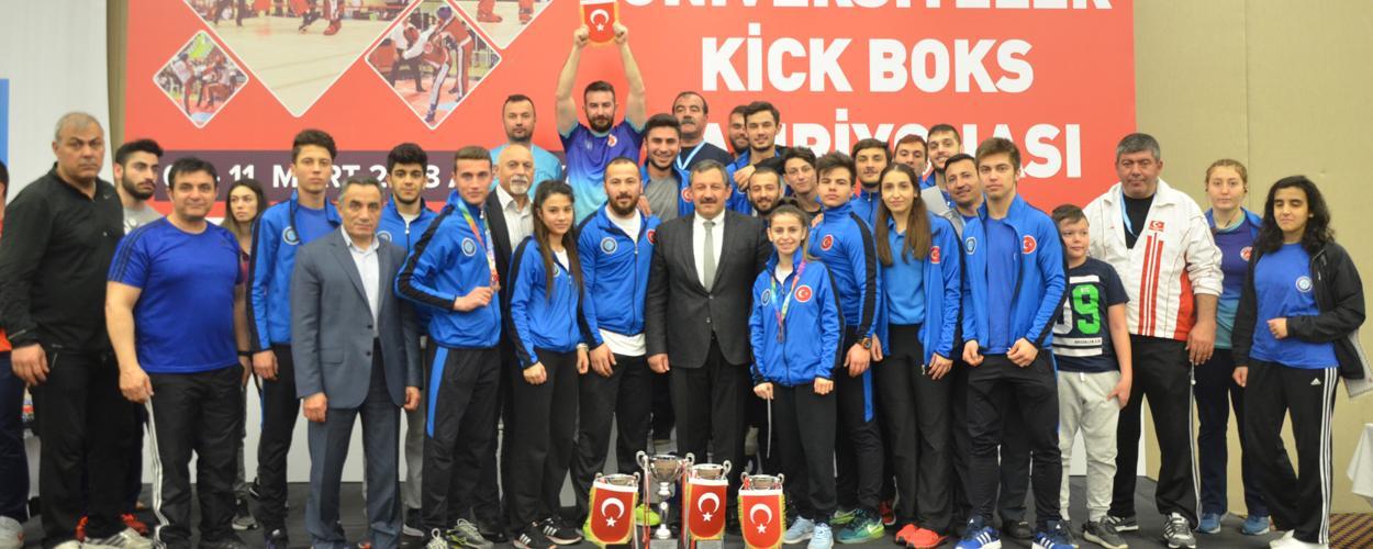 Türkiye Üniversiteler Kick Boks Şampiyonası Sona Erdi